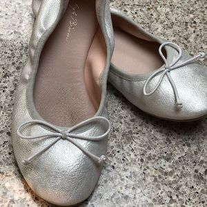 Girls Ruby and Bloom silver bow tie ballet flats